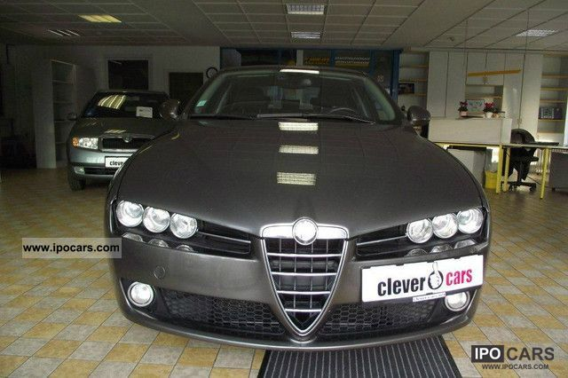 2009 Alfa Romeo  1.9 JTDM DPF Eco Distinctive/17 \ Limousine Used vehicle photo