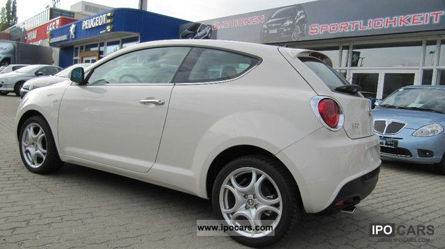 2011 alfa romeo alfa mito 1 4 16v tb multiair 135 hp blue me pdc car photo and specs. Black Bedroom Furniture Sets. Home Design Ideas