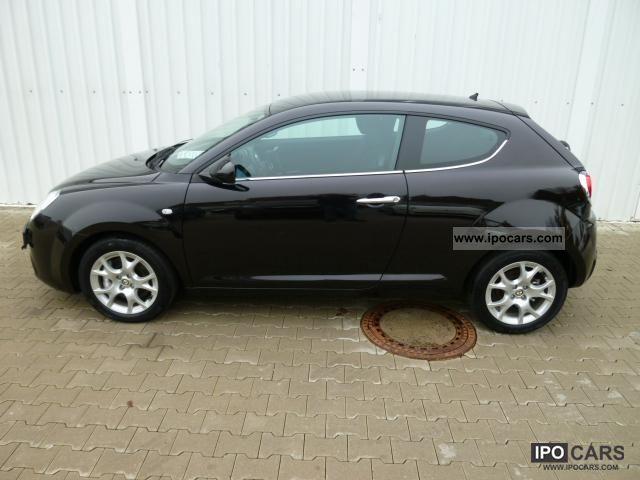 2011 Alfa Romeo  MiTo 1.4 Turbo Distinctive climate control, 16 .. Small Car New vehicle photo