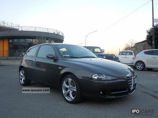 2008 Alfa Romeo  Alfa 147 Q2 - PELLE TETTO GARANZIA 12-MESI Small Car Used vehicle photo