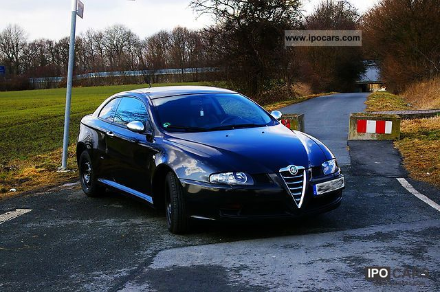 2006 alfa romeo alfa gt 1 9 jtd sportiva with many extras. Black Bedroom Furniture Sets. Home Design Ideas