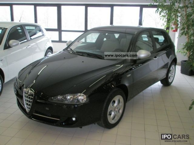 2010 Alfa Romeo  147 1.9 JTDM 120CV PROGRESSION 5P Limousine Used vehicle photo