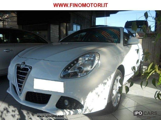 2010 Alfa Romeo  Giulietta 1.4 Turbo DISTINCTIVE Limousine Used vehicle photo