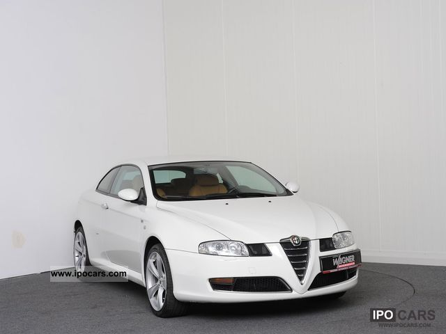 Alfa Romeo Gt Jtd Distinctive Navi Xenon Lm Inches Lgw on Ford F 150 4 9l Engine Head