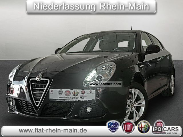 2010 Alfa Romeo  Giulietta 1.4 TB TURISMO 16V (air) Limousine Used vehicle photo