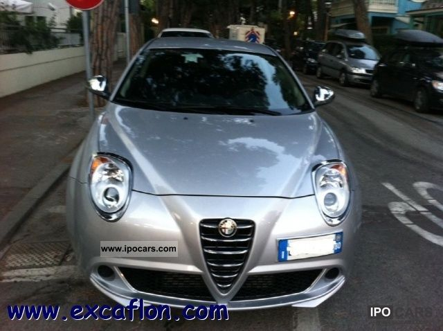 2011 Alfa Romeo  MiTo coupe Limousine New vehicle photo