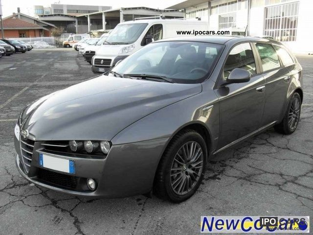 2010 alfa romeo jtdm 159 2 4 200 cv sw distinctive q tronic car photo and specs. Black Bedroom Furniture Sets. Home Design Ideas