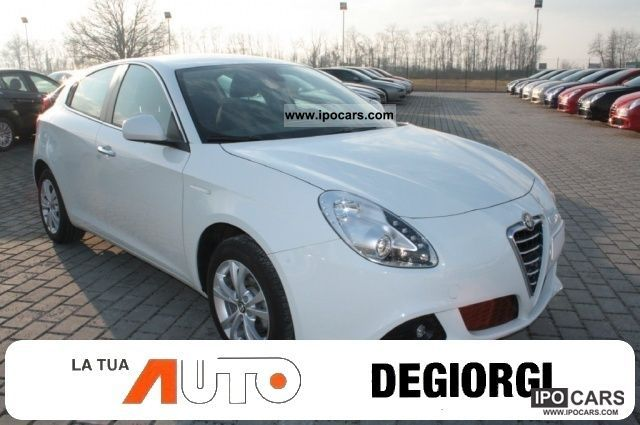 2011 Alfa Romeo  Giulietta 1.4 Turbo 170CV MultiAir Distinctive Limousine Used vehicle photo