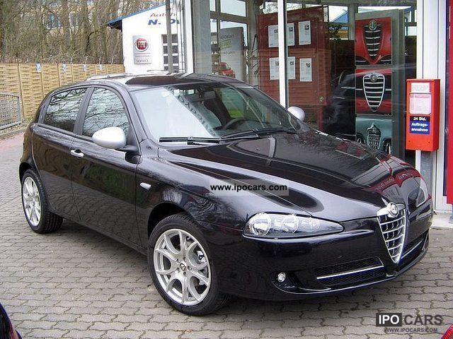2010 alfa romeo 147 1 6 ts 16v corse car photo and specs. Black Bedroom Furniture Sets. Home Design Ideas