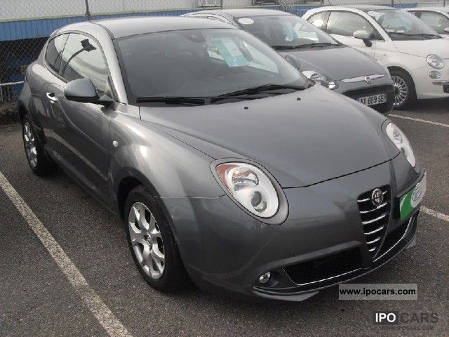 2011 Alfa Romeo  MiTo 1.3 16v JTDm95 Distinctive S & S Limousine Used vehicle photo