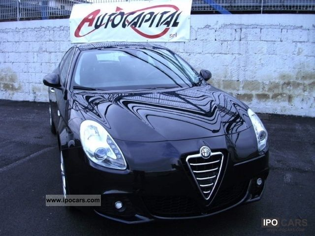 2011 Alfa Romeo  Giulietta 6.1 JTDm Distinctive CV-2105 [11] Limousine Used vehicle photo