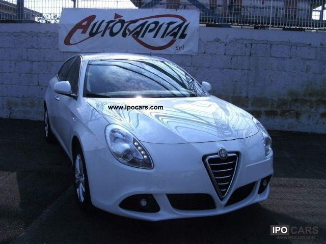 2011 Alfa Romeo  Giulietta 6.1 JTDm Distinctive CV-2105 [13] Limousine Used vehicle photo