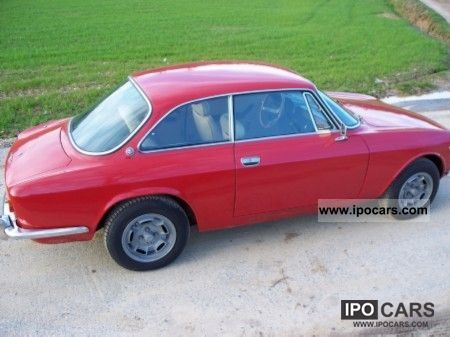 Alfa Romeo  GTV 2000 1973 Vintage, Classic and Old Cars photo