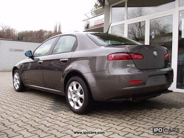 2009 alfa romeo 159 2 0 jtdm 16v saloon 1 hand car photo and specs. Black Bedroom Furniture Sets. Home Design Ideas