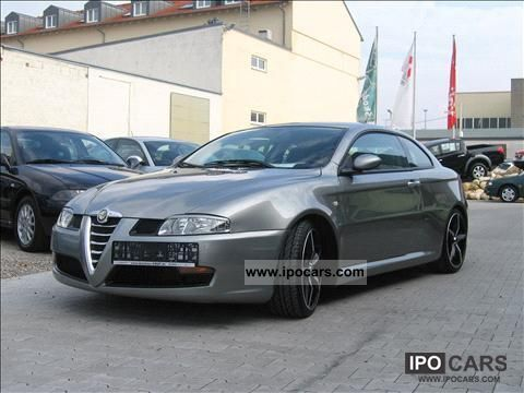 2005 alfa romeo gt 2 0 jts selespeed car photo and specs. Black Bedroom Furniture Sets. Home Design Ideas