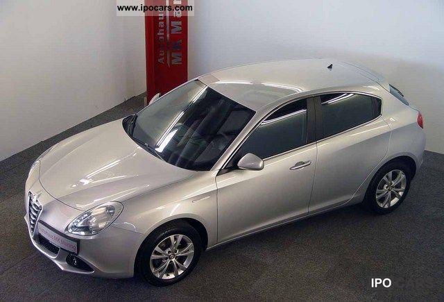2010 Alfa Romeo  Giulietta 1.4 TB MultiAir ABSOLUTE SPECIAL! Limousine Employee's Car photo