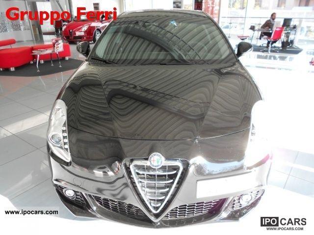 2012 Alfa Romeo  Giulietta 1.4 Turbo Distinctive Nero - P.CONSEGN Limousine Pre-Registration photo