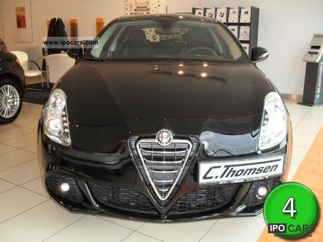 2011 Alfa Romeo  Giulietta Turismo 1.4 Limousine Pre-Registration photo