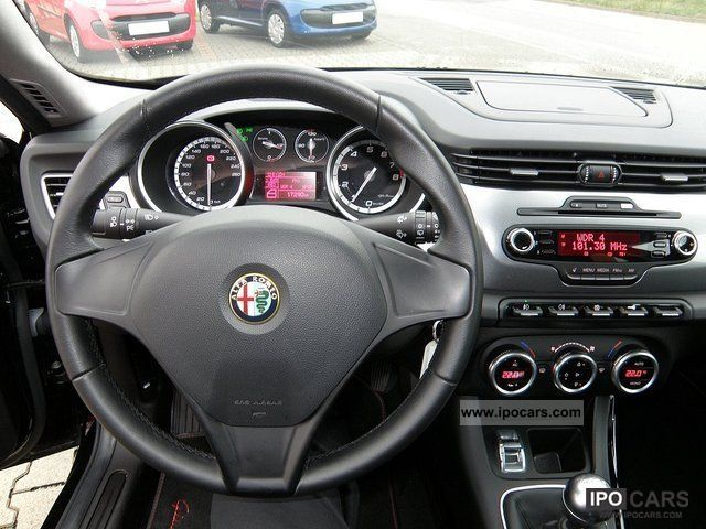 2011 Alfa Romeo Giulietta 1 4 Tb 16v Turismo Included