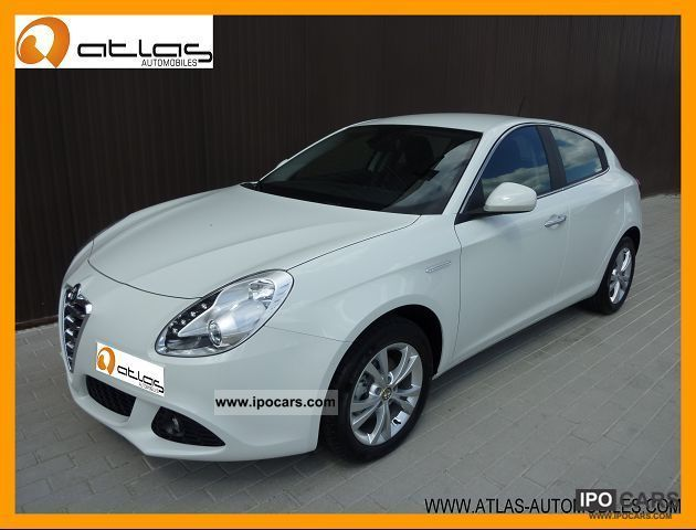 2012 Alfa Romeo  GIULIETTA 1.6 JTDM DISTINCTIVE S & S Limousine Used vehicle photo