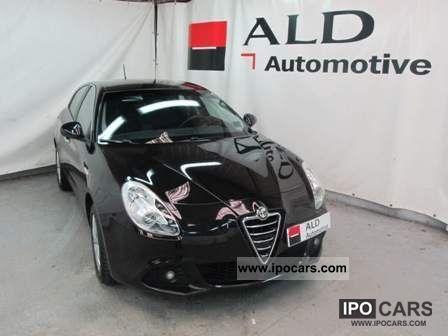 2011 Alfa Romeo  Giulietta 6.1 JTDm ch 105 S & S Distinctiv Limousine Used vehicle photo