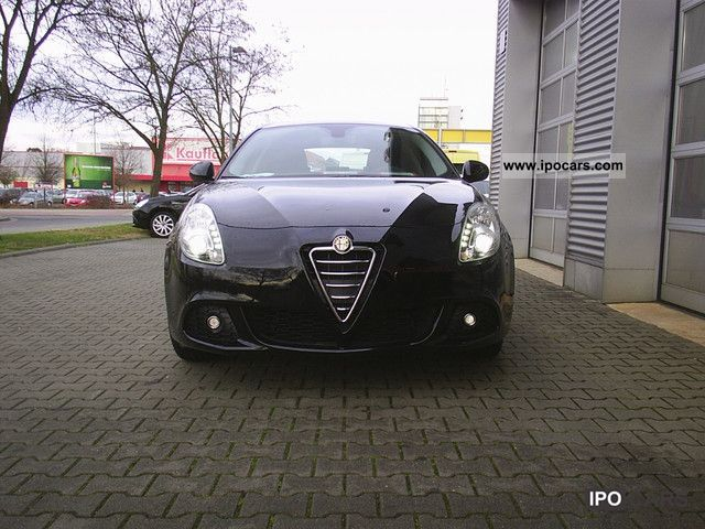 2011 Alfa Romeo  Giulietta 1.6 JTDM 16V (105 hp) Turismo Small Car New vehicle photo