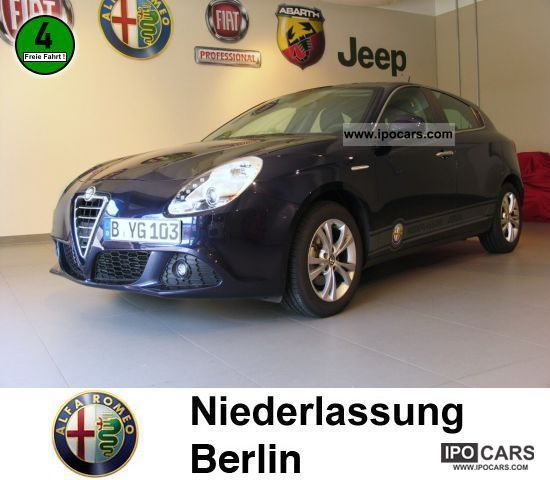 2011 Alfa Romeo  Giulietta 1.6 JTD 16V XENON Limousine Demonstration Vehicle photo