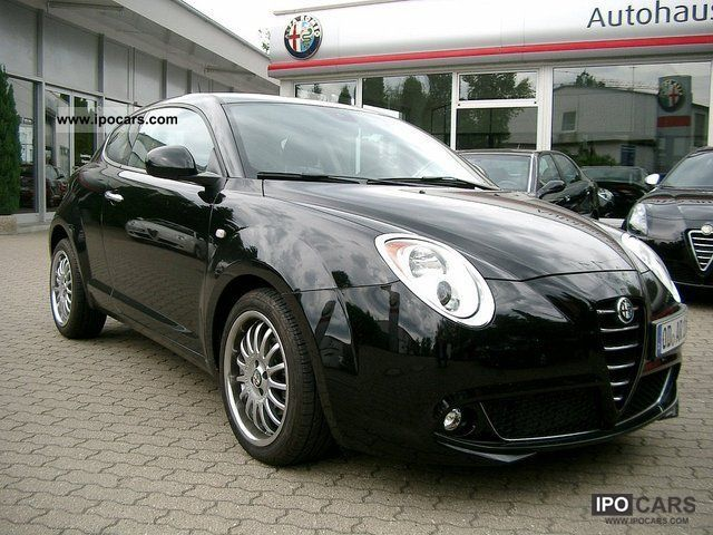 2010 Alfa Romeo  MiTo Turismo TCT dual-clutch gearbox Blu PDC Limousine Demonstration Vehicle photo