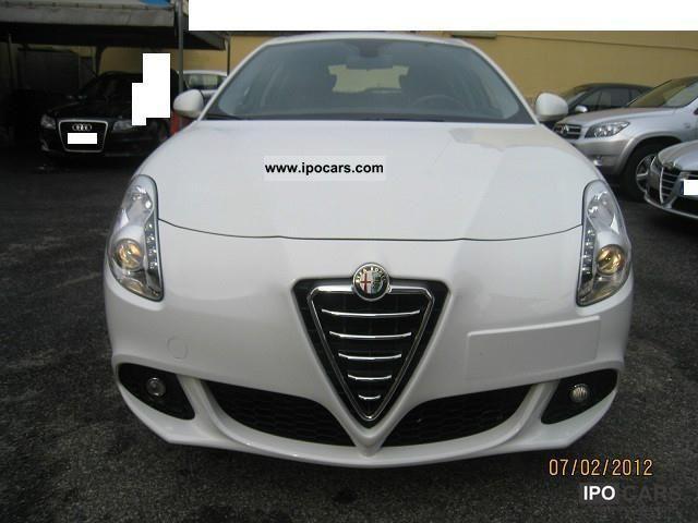 2011 Alfa Romeo  Giulietta 1.6 JTDM 16V Limousine Used vehicle photo