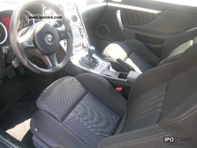 2010 Alfa Romeo Brera 1750 TBi Sports car/Coupe Used vehicle photo 6