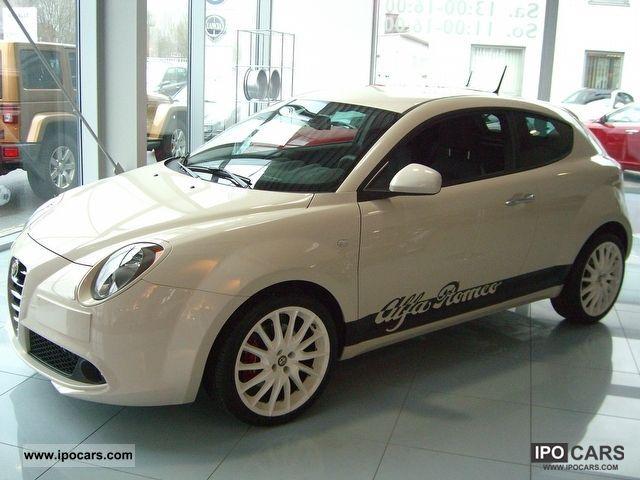 2011 Alfa Romeo  Mito QV SINGLE PIECE Quadrifoglio Verde Small Car New vehicle photo