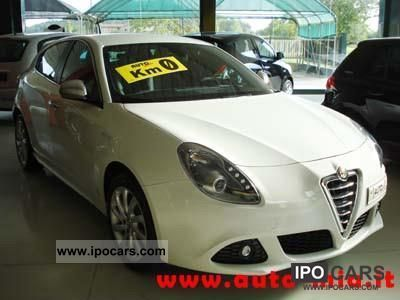 2012 Alfa Romeo  Giulietta 1.6 JTDM 16V KM 0 DISTINCTIVE SPORT PA Limousine Employee's Car photo