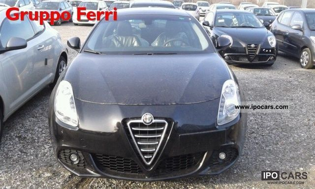 2012 Alfa Romeo  Giulietta 2.0 JTDm CV-2140 Exclusive Nero - P.C Limousine Pre-Registration photo