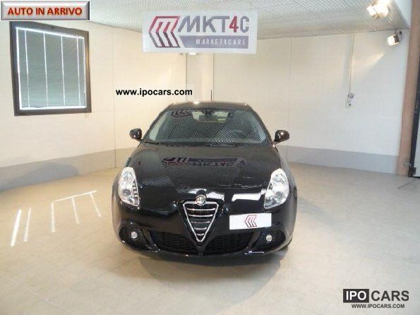 2011 Alfa Romeo  Giulietta 2.0 jtd 170 cv m 2 Limousine Employee's Car photo