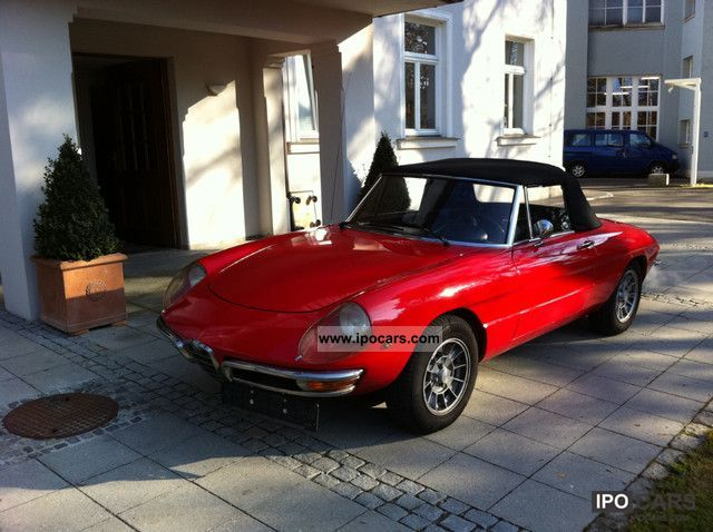 Alfa Romeo  Spider Duetto 1300, 1600cc engine 1969 Vintage, Classic and Old Cars photo