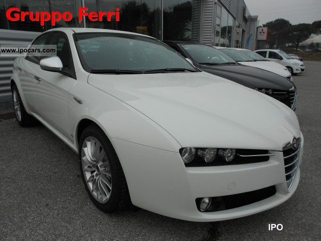2011 alfa romeo 159 2 0 jtdm 136cv super bianco p consegna car photo and specs. Black Bedroom Furniture Sets. Home Design Ideas