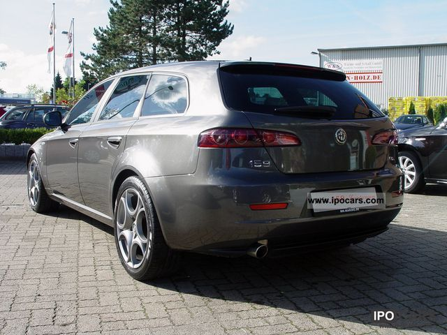 2010 alfa romeo 159 sw 2 0 jtdm m2011 leather xenon farbnavi 18 car photo and specs. Black Bedroom Furniture Sets. Home Design Ideas