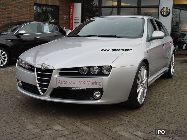 2010 alfa romeo 159 sw 2 0 jtdm ti sport 3 zone climate mod 2011 car photo and specs. Black Bedroom Furniture Sets. Home Design Ideas