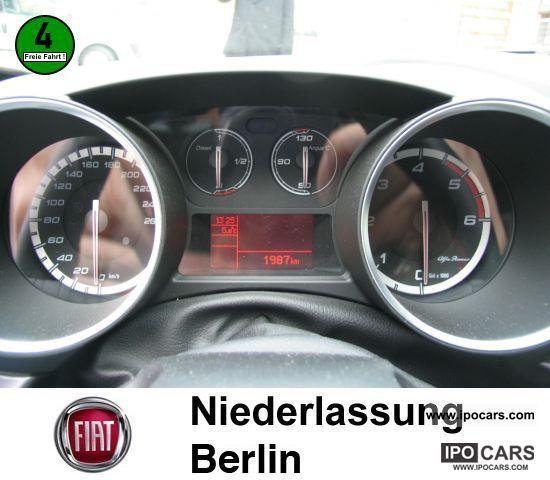 2010 Alfa Romeo Giulietta 1.6 JTDM 16V NAVIGATION - Car Photo and ...