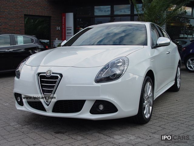 2010 Alfa Romeo Giulietta 2.0 JTDM 16V Turismo * LEATHER SPORT PACKAGE ...