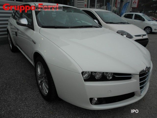 2011 alfa romeo 159 sw 2 0 jtdm super bianco pronta consegna car photo and specs. Black Bedroom Furniture Sets. Home Design Ideas