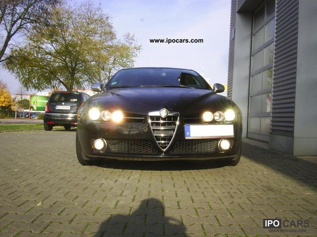 2009 Alfa Romeo  159 Sportwagon 1.9 JTD 16V ti Estate Car Used vehicle photo