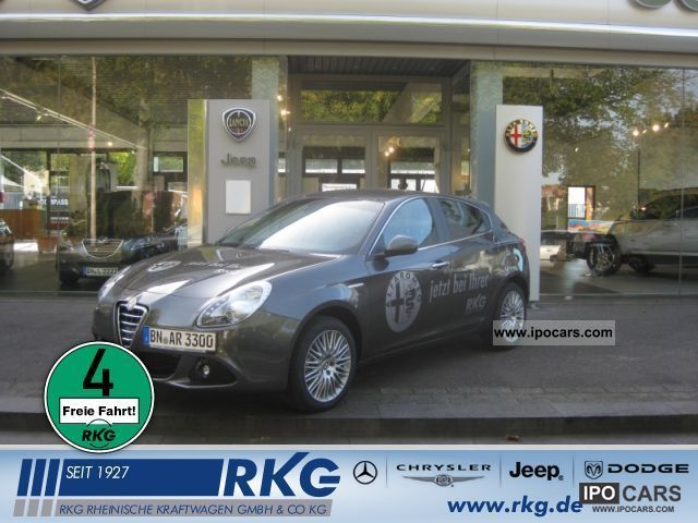 2011 Alfa Romeo  Giulietta 1.4 16V Turismo TB Multiair TCT Limousine Used vehicle photo