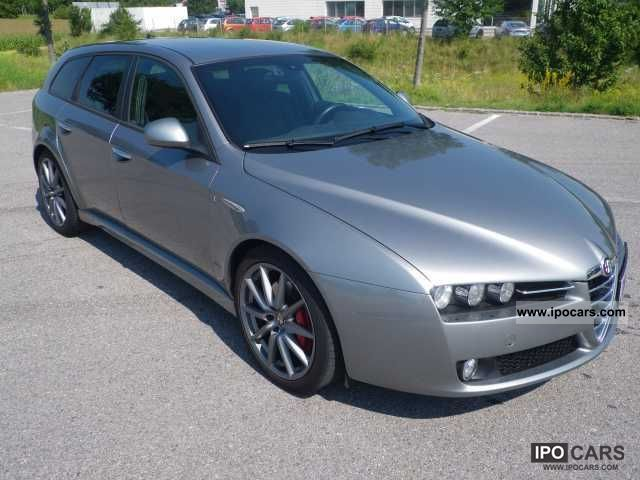 2010 Alfa Romeo  159 Sportwagon 2.4 JTDM Turismo TI Estate Car Used vehicle photo