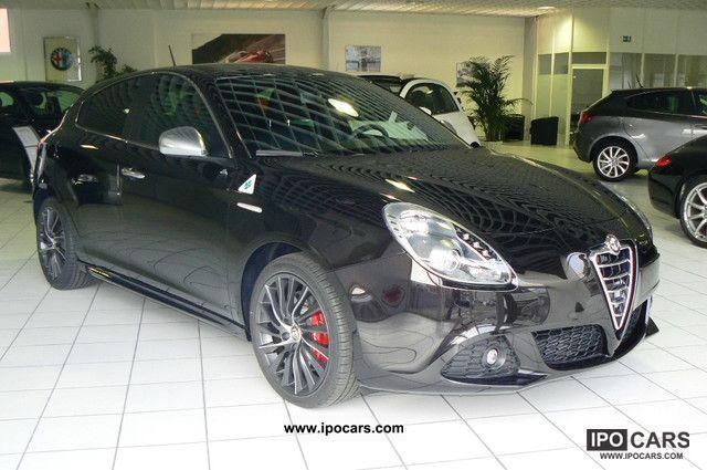 2011 Alfa Romeo  Giulietta 1.8 16V TBI Quadrifo Limousine Pre-Registration photo