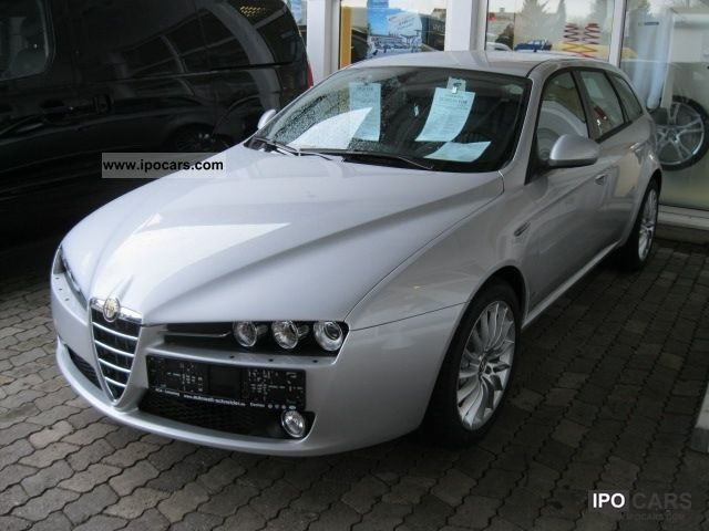 2011 Alfa Romeo  159 Sportwagon 2.0 JTDM 16V 125KW Turism Estate Car Pre-Registration photo