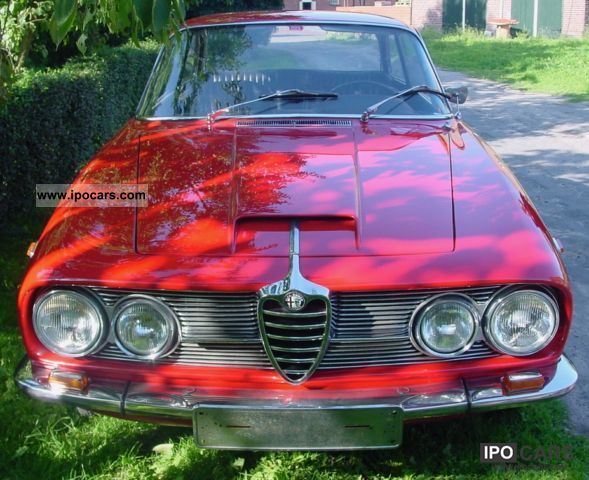 Alfa Romeo  2600 Sprint Coupe 1966 Vintage, Classic and Old Cars photo