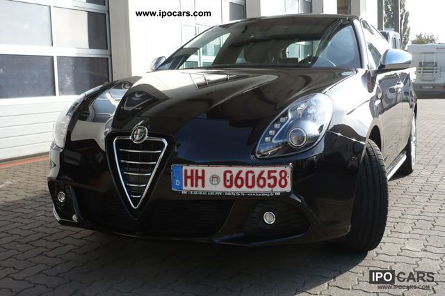 2011 Alfa Romeo  Giulietta 2.0 JTDM 16V 125KW (170hp) Turismo Limousine Employee's Car photo