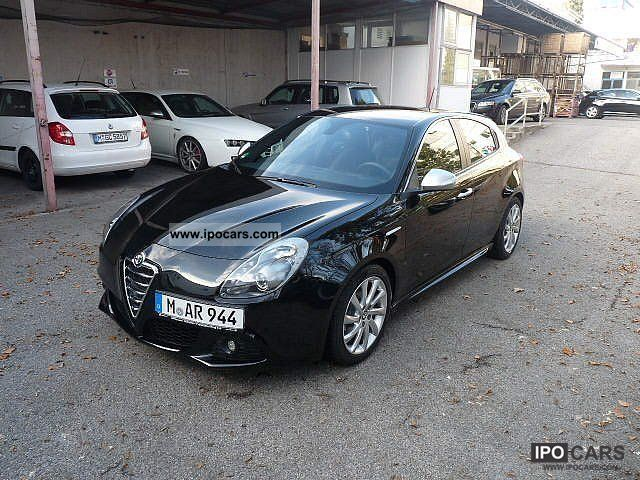 2011 Alfa Romeo  Giulietta 2.0 JTDM 140 bhp Turismo sports package, Ca Limousine Demonstration Vehicle photo