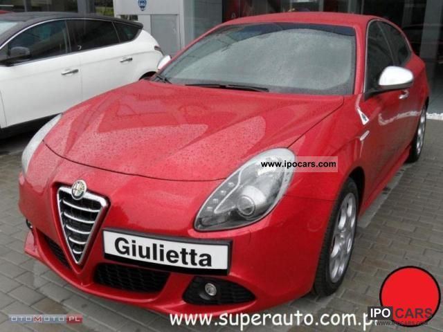 2011 Alfa Romeo  Giulietta 1750 TBi Quadrifoglio Verde Small Car New vehicle photo